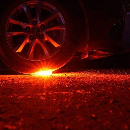 LED Flare Roadside Safety Lights - Display 2
